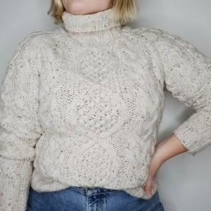 Moda Chunky Cable Knit Swetaer Neutral Medium